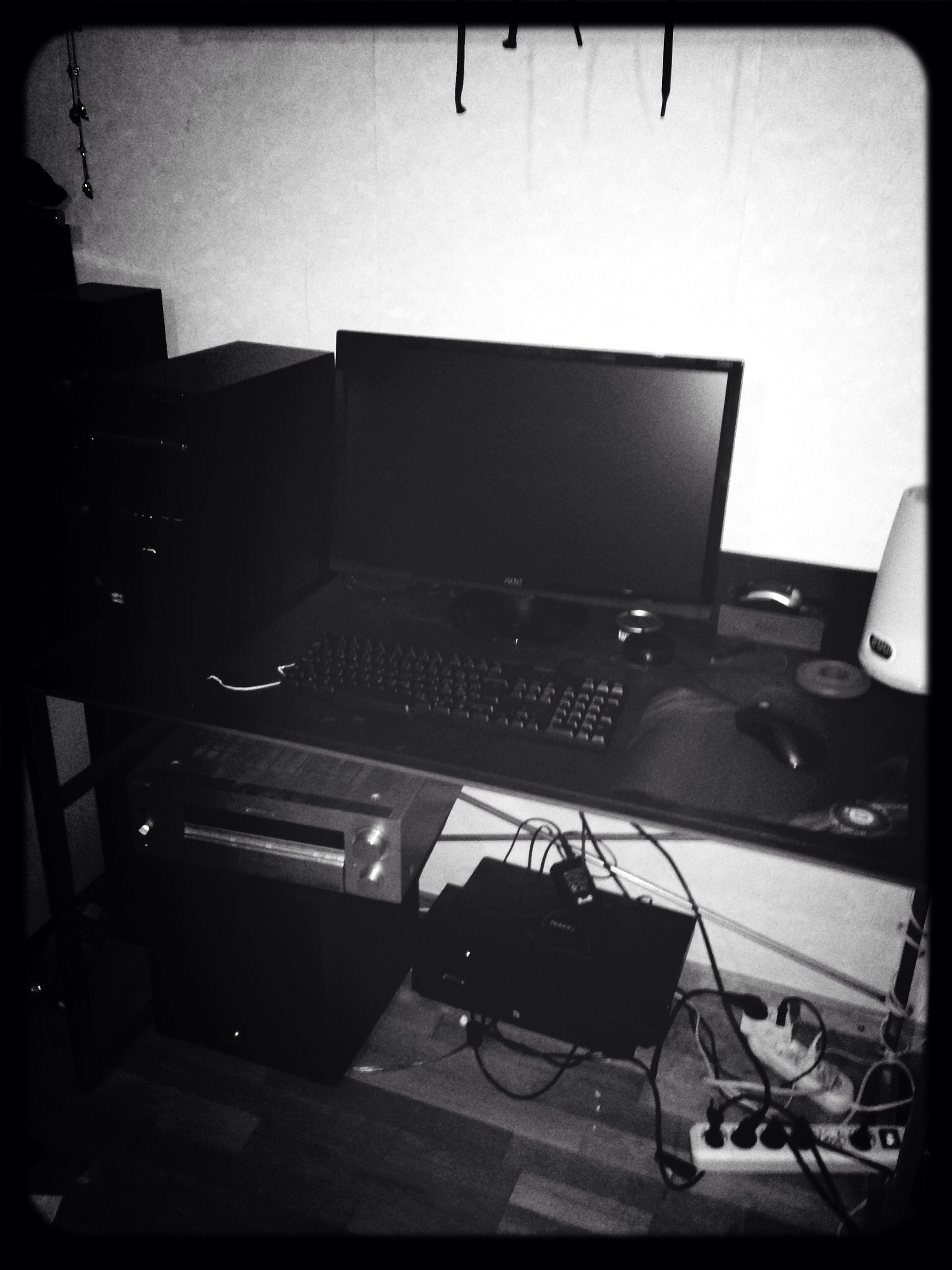 Jag har aldrig ägt en dator som jag har köpt. Men nu äger jag en egen dator. Tack Andreas för hjälpen!