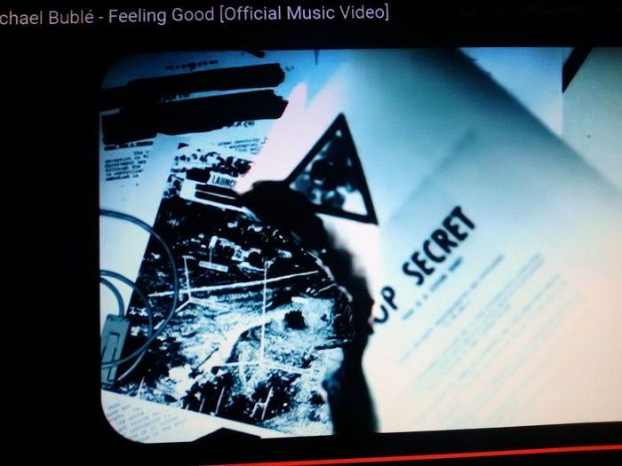 My goodmorning Feelinggood Michaelbuble Ilovehim Swing Upvideomusic Topsecret Burning Youknowhowifeel ItsaNEWday Forall Goodmorning EyeEm  RainyDay Sunineye