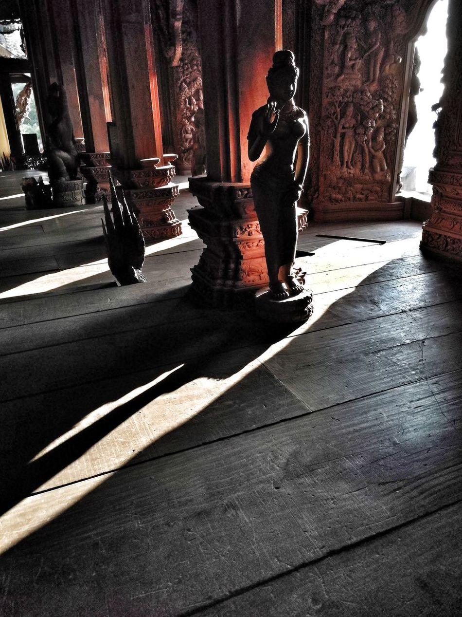 Sanctuary Of Truth Pattaya Amazing Thailand Shadows & Lights EyeEm Travel Photography EyeEm Best Shots Huawei Mate 9