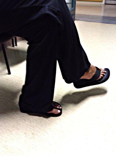 ponk toes Taking Photos