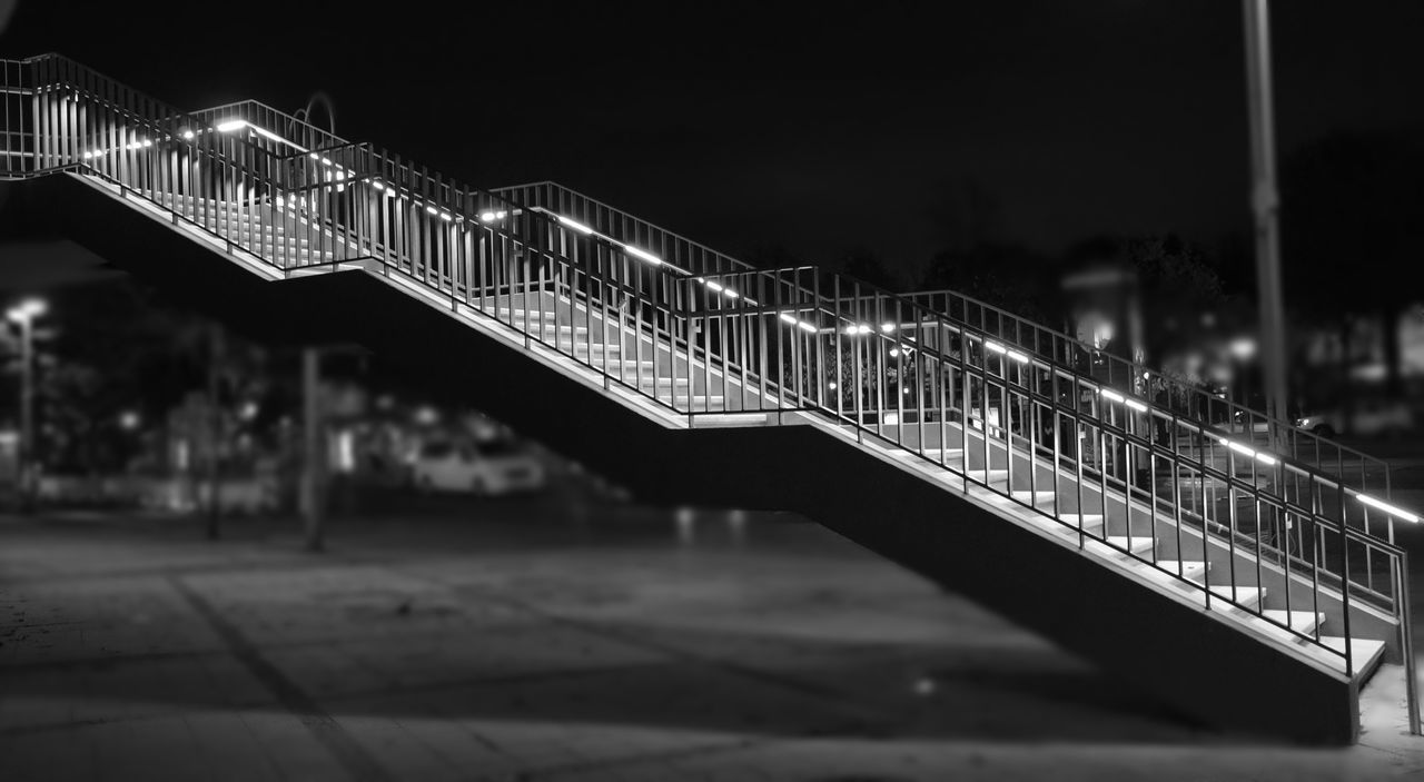 StairwaytoHeaven Night Berlin Photography Outdoors Bnw Bnwphotography Black And White Nightlight Bnw Photography Stairway Treppe Ins Nirgendwo Treppe Berlin Zoo GERMANY🇩🇪DEUTSCHERLAND@ My Fucking Berlin My Fuckin Berlin