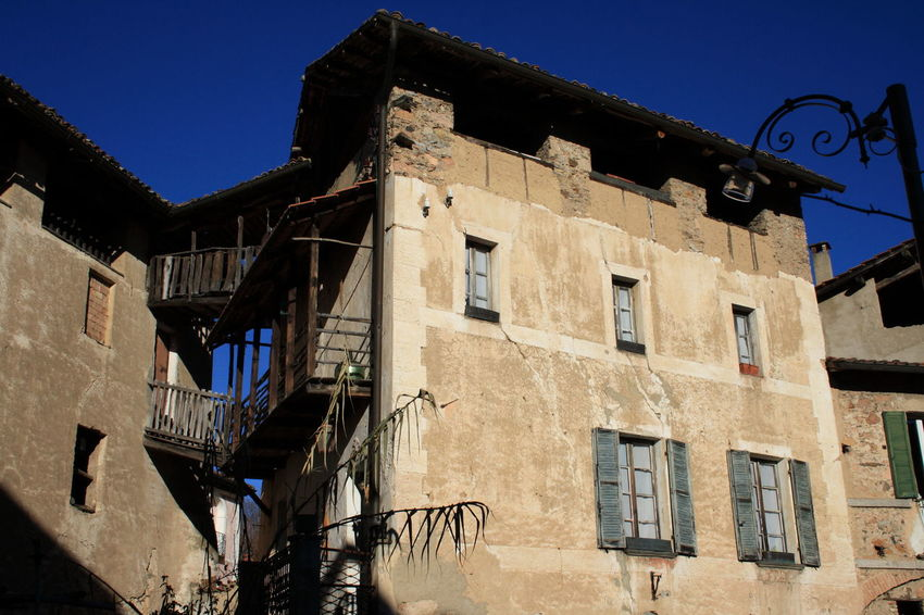 Architecture Bad Condition Blue Sky Canon Eos 1000d Carona, Switzerland Exterior House Old Old Buildings Old But Awesome Old House Old-fashioned Historic Historic Building TICINO ♡ House Facade Facades