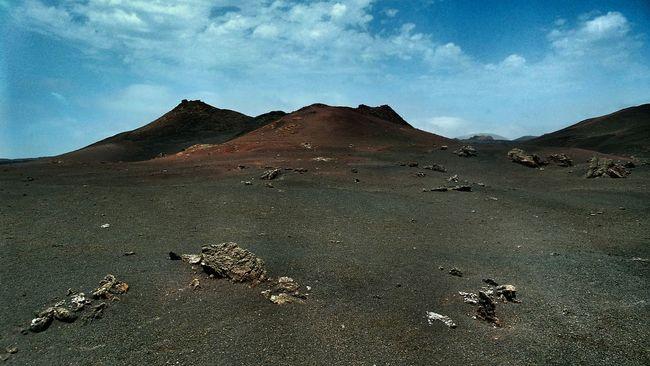 In pause 📴 Volcanoes Timanfaya Volcanic Island Travel Photography