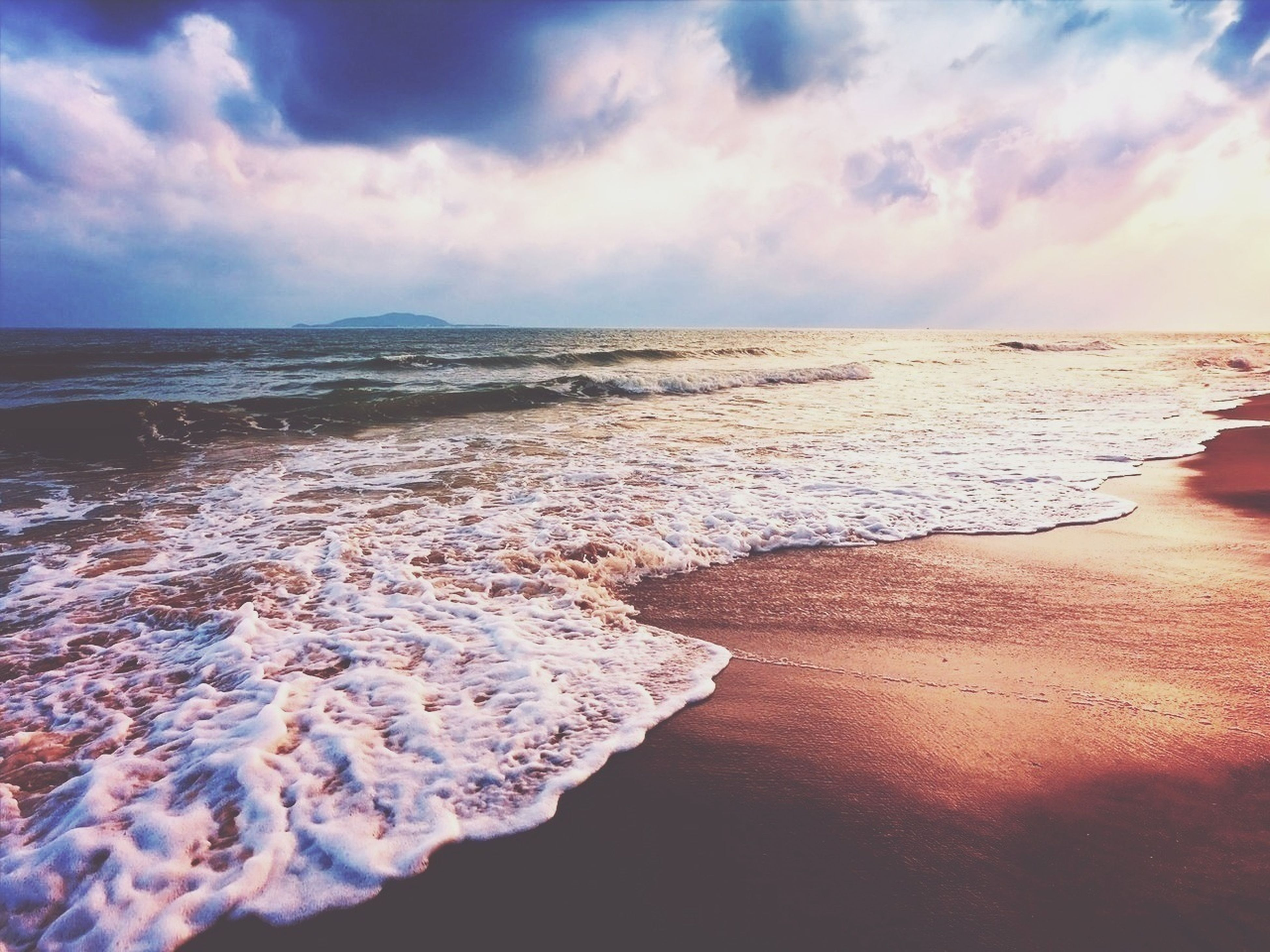 sea, sky, water, beach, tranquil scene, tranquility, cloud - sky, horizon over water, scenics, beauty in nature, shore, nature, cloudy, cloud, sand, idyllic, remote, sunset, calm, outdoors