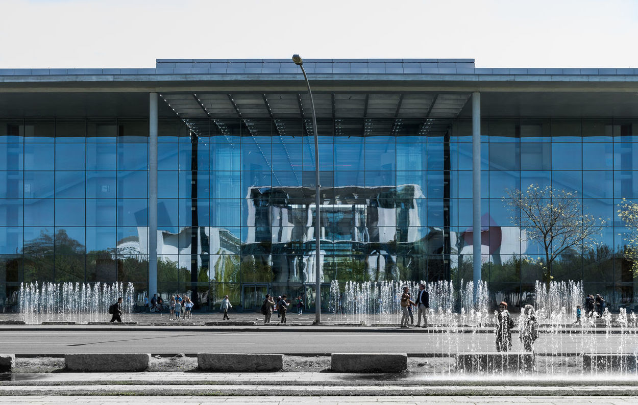 Architecture Architecture Architecture_collection Blue Building Built Structure Bundeskanzleramt City City Life Group Of People Keycolor Leisure Activity Lifestyles Medium Group Of People Modern Office Building Outdoors Paul-Löbe-Haus Spiegelung Springbrunnen The Architect - 2016 EyeEm Awards