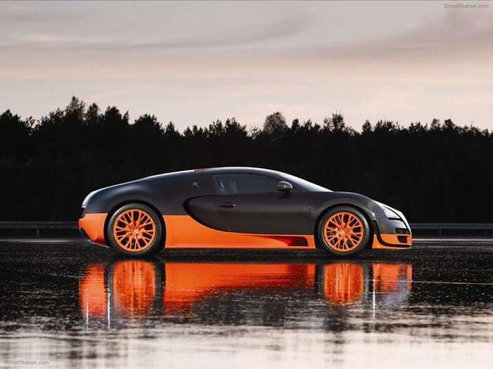 India Car Trends Water Car Wet Reflection Nature Moving Activity Sky Environment Cloud - Sky Beauty In Nature Day