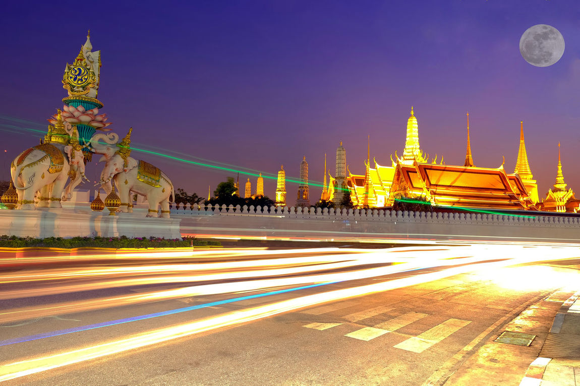 The beauty of The Royal Grand Palace (Wat Phra Kaew) and the full moon at night. Rattanakosin, Bangkok, Thailand Architecture Bangkok Bangkok Thailand. Buddha Temple City Emerald Full Moon Night  Gold King Landscape Night Palace Rattanakosin Island Religion Religious Architecture Religious Art Road Royal Grand Palace Sanam Luang Bangkok Sculpture Sky Statue Travel Destinations Twilight Sky Wat Phra Kaew