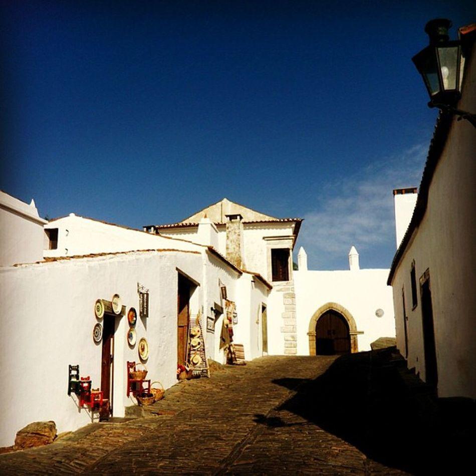 #igersportugal #portugaligers #iphone5 #iphonesia #iphoneonly #iphonegraphy #iphonephotography #instagood #instagram #instalove #instamood #instagramers #instagramhub #p3top #portugal_em_fotos #portugaldenorteasul #portugaloteuolhar #alentejo #evora #regu Instagramhub Instalove Flowers Iphonegraphy Portugaligers Holidays Igersportugal Iphoneonly Portugaldenorteasul Iphonesia Alqueva Instagram Iphonephotography IPhone5 Portugaloteuolhar Portugal_em_fotos Instamood Évora  Reguengosdemonsaraz P3top Pensao Alentejo Instagramers Instagood
