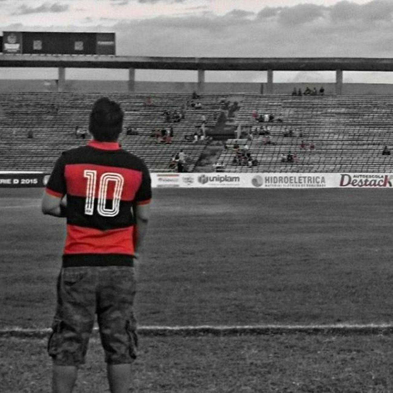 Flamengo não é só um Clube de Futebol , Flamengo é Amor , é inspiração é paixão, é raça ,é sofrimento e alegria ... Flamengoatemorrer Flamengo Vamosflamengo Mengao Acimadetudorubronegro Amormaiornãotemigual Mengo Minhamaiorpaixao Maiordomundo MantoSagrado