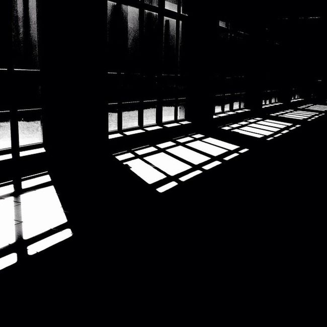 My second home 🚨🚑 Bnw Shadow Light Hospital Window Lightsun