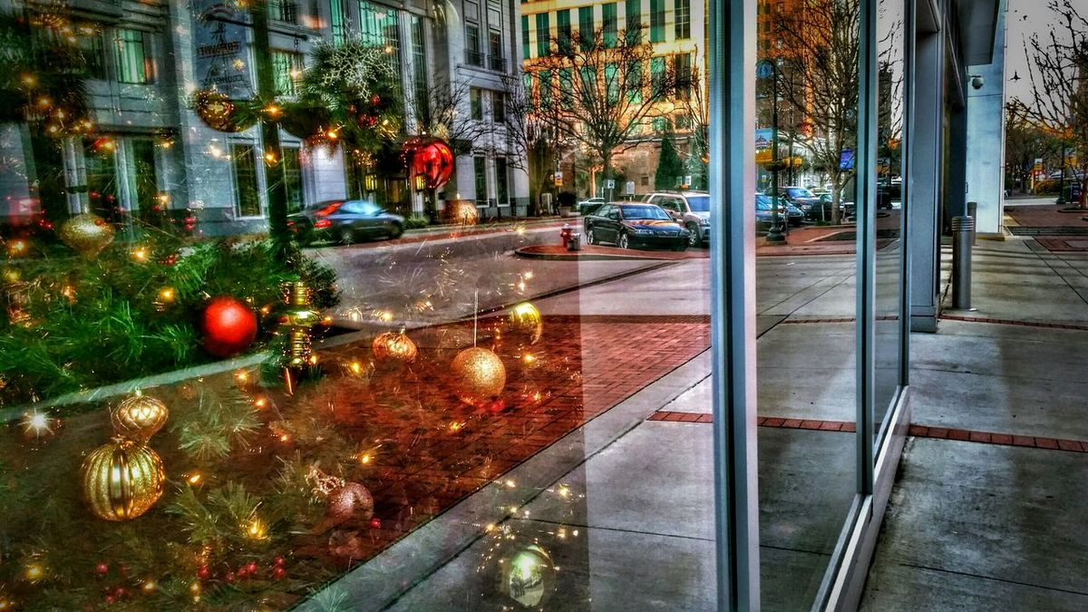 Here is a Landscape shot of the same Christmas Tree and Urban Reflections from my previous photo. -- Best Christmas Lights Try Something Different Reflections Reflection Buildings Architecture Window Downtown Christmas Lights Building Cars Decorations Ornaments Lights Light And Shadow Urban Urban Geometry Urban Exploration Urbanexploration HDR Hdr_Collection The Architect - 2016 EyeEm Awards