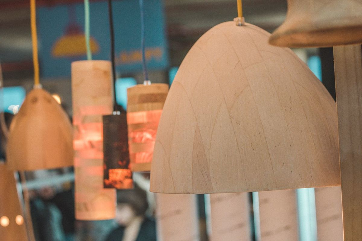 Retail  Store No People Close-up Indoors  Day Lamp Lamps Architecture Focus On Foreground Marketplace Furnitures Furniture Details Muebles Furniture Design Wood - Material Interior Design First Eyeem Photo Market Lamps And Lights.