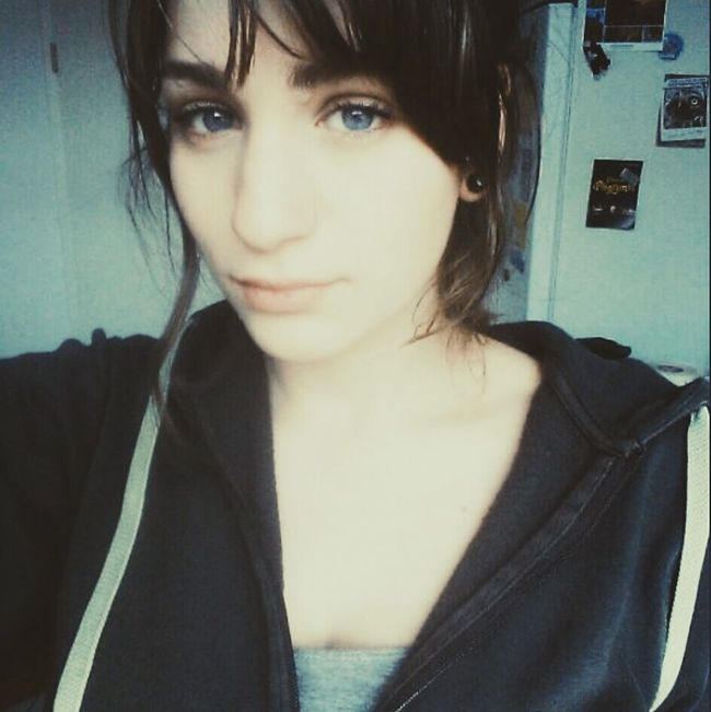 Lalala Anna Selfie ✌ Girl Mädchen Vor Der Demo Hippie ✌