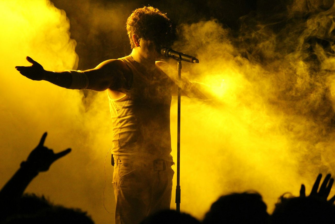 Captured Dr. Palash Sen, the lead vocalist of India based band EUPHORIA @IITkgp 560743 152298 12422 877025 Silhouette Palash Sen Concert Concert Photography Stage Euphoria