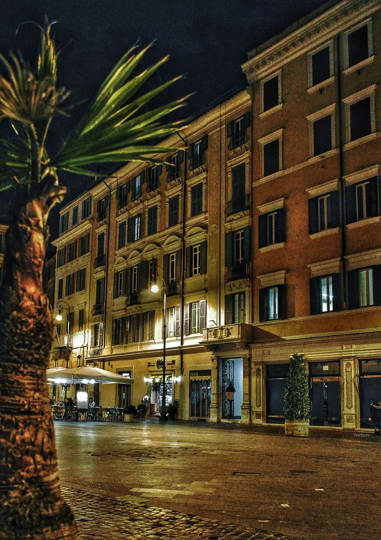 """Piazza in Solitude"" - Piazza Lorenzo in Lucina - Roma Rome Roma Photobydperry Architecture Building Exterior Built Structure Night Illuminated Piazzalorenzoinlucina Piazza Italy"