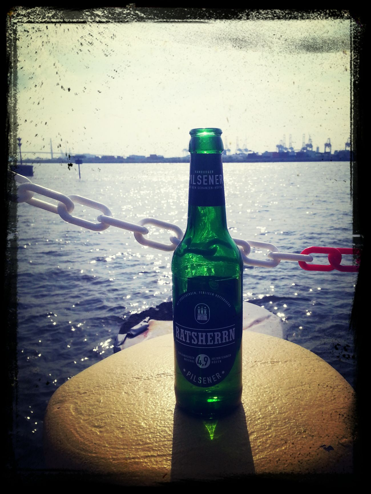 Love Hamburg Chillaxing at the harbor with Ratsherrn Craftbeer.