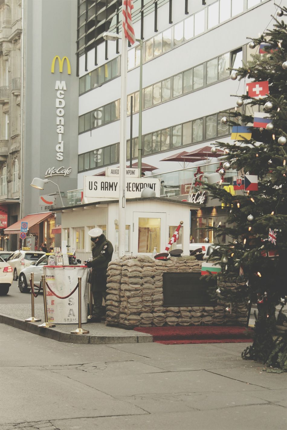 City Architecture Building Exterior History Historical Place Historical Site Streetphotography Street Photography Germany Berlin Berliner Mauer Berlin Wall Checkpoint Charlie  Checkpointcharlie Berlin Streets USA FLAG Us Army