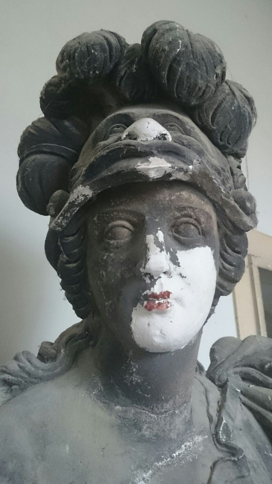 Kiss Red Lips Old Statue Red Lips