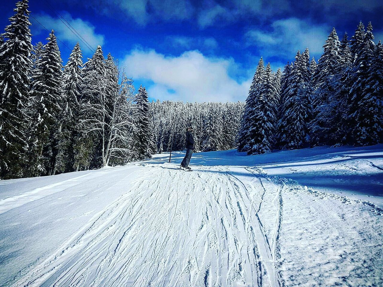 Cloud - Sky Snow Sky Outdoors No People Cold Temperature Landscape Nature Beauty In Nature Day Mountain Scenics Tranquility Naturelovers Snowboard