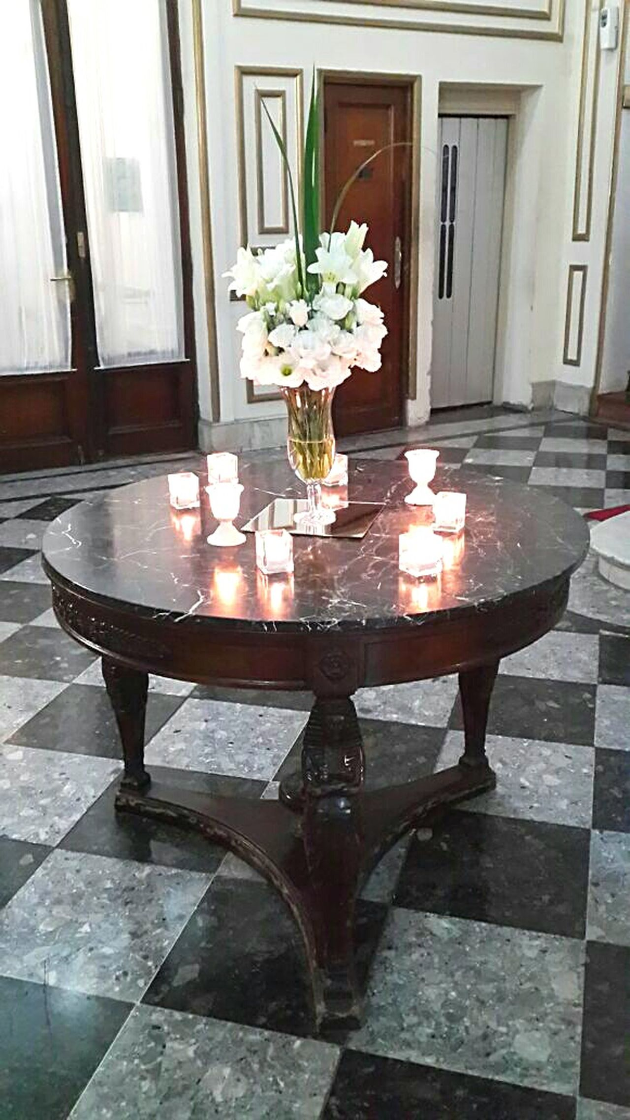 Old Old Table Table House Entrance Decoration Marmol Candles Candlelight Reception