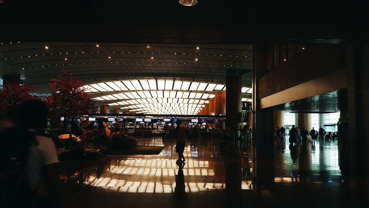 Changgi, Airport. #Airport #architecture #Dark #EyeEm #INDOOR #landscape #perspective #photography #photoshoot  #PicturePerfect #RANDOM #Singapore Silhouette