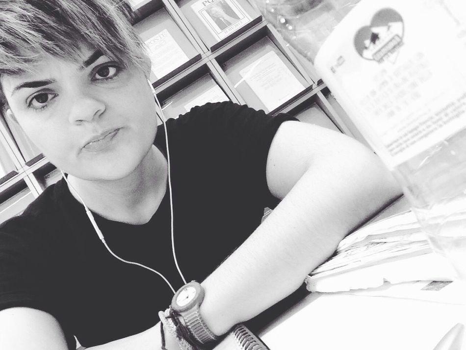 Whatareyoulisteningto Studying Pause Studiando Pausa Biblioteca Library