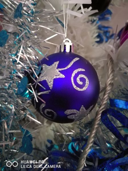 Sapin De Noël Cadeaux Family Jouets Noel 2017 Indoors  Hanging Close-up Planet Earth Day