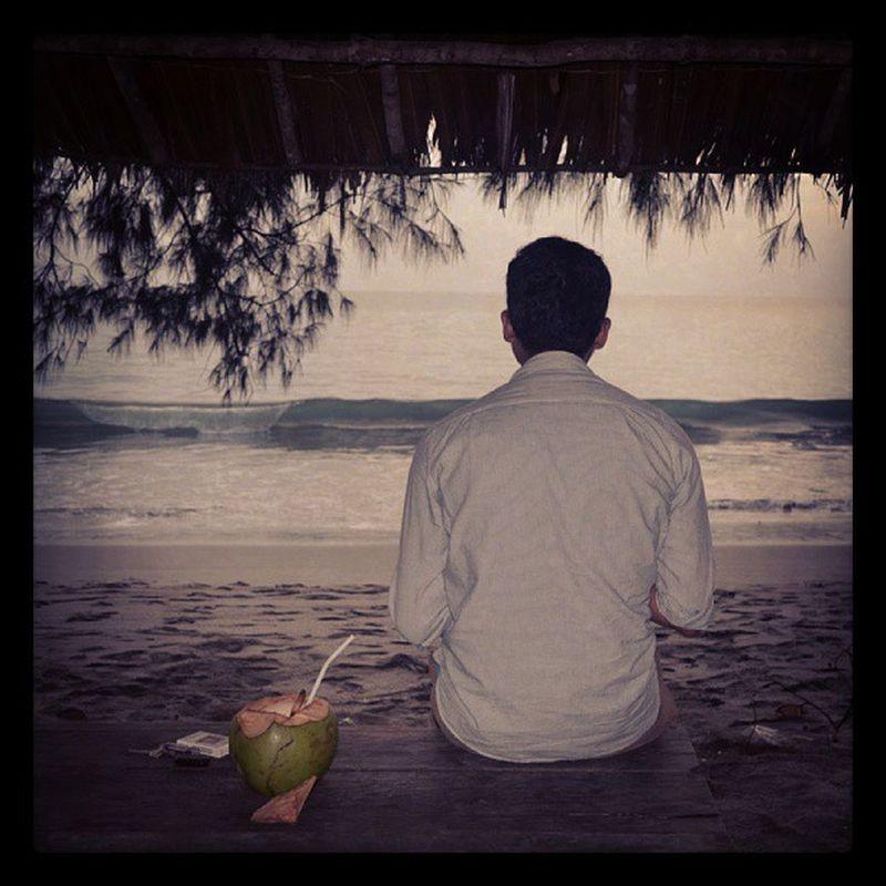 Fotographer Man Model Dit 's coconut beach wave sea instagram instahub indonesia byme