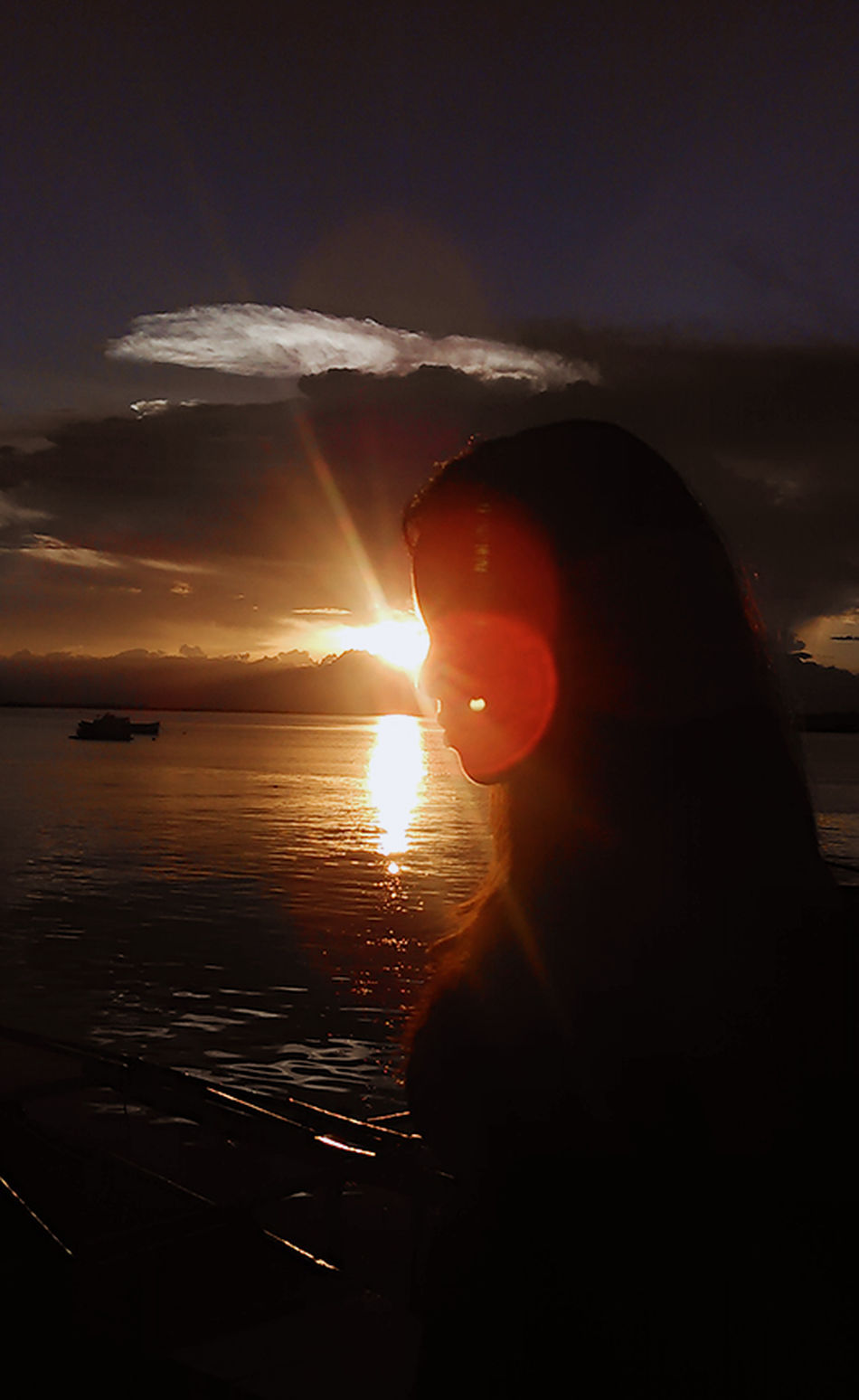 """""""Don't let them bring you down. Let them talk but dont let it go in you.""""- Anonymous.. Sunset Lifestyles Reflection Nature Sky Beautiful ♥ Cousintime Happy :) Photoshoot ♡"""