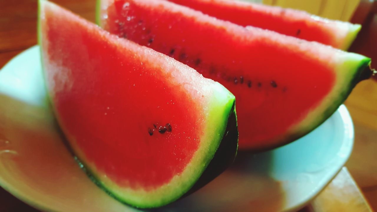Fruit Watermelon Healthy Eating SLICE Vitamin Freshness Juicy Food Food And Drink Red Close-up No People Plate Kiwi - Fruit Flavored Ice Outdoors Day
