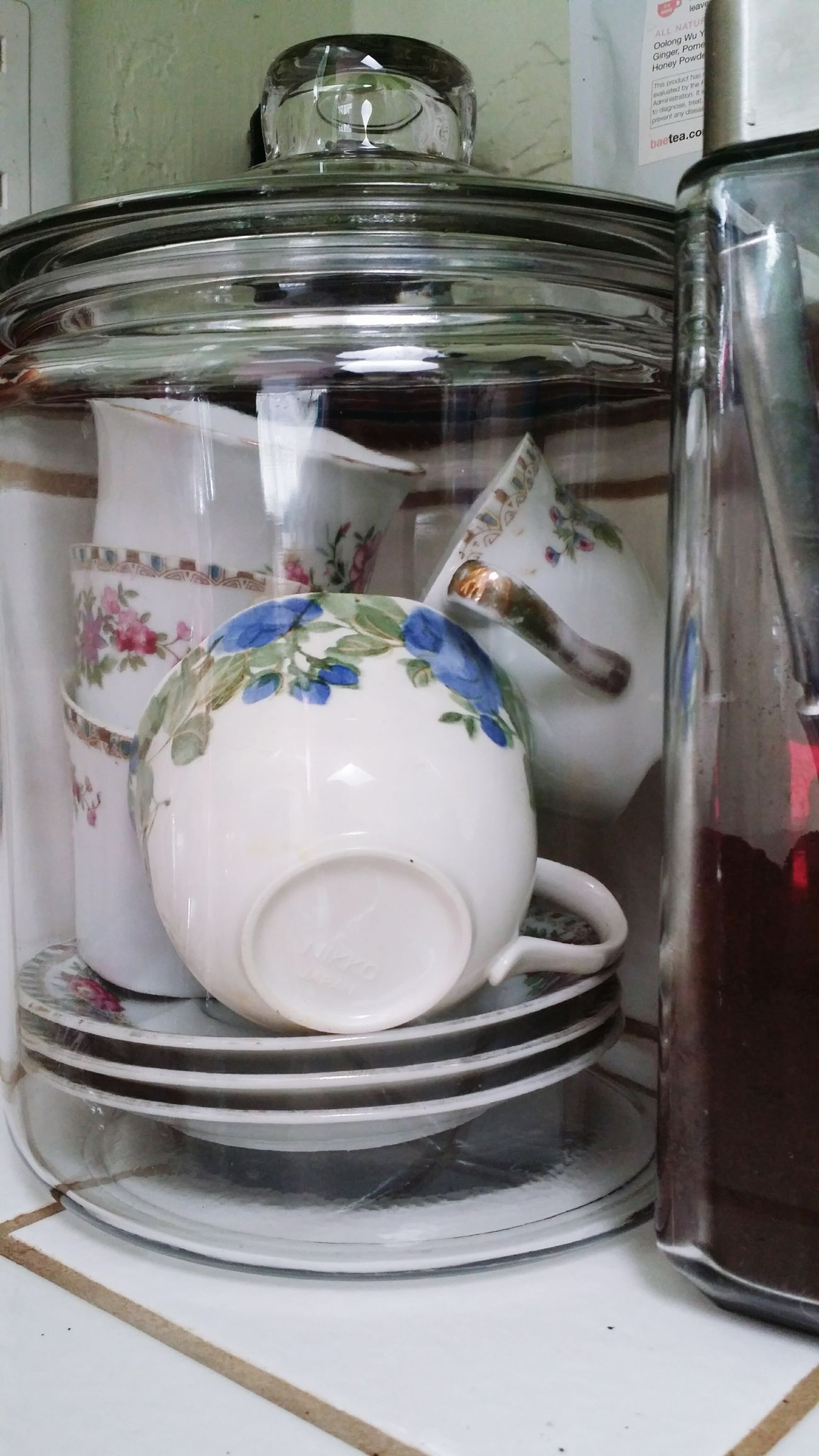 Where i keep Teacups Kitchen Things MarinCounty, Bay Area Feb2017 FairfaxCalifornia Jars