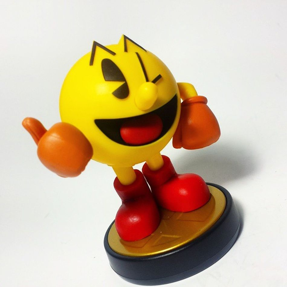 Waka Waka Waka Waka...... Pacman Amiibo Nintendo SuperSmashBros Nintendofan Toys Toyphotography Toypizza Toysarehellasick Toycollector Toycommunity Toycollection WiiU