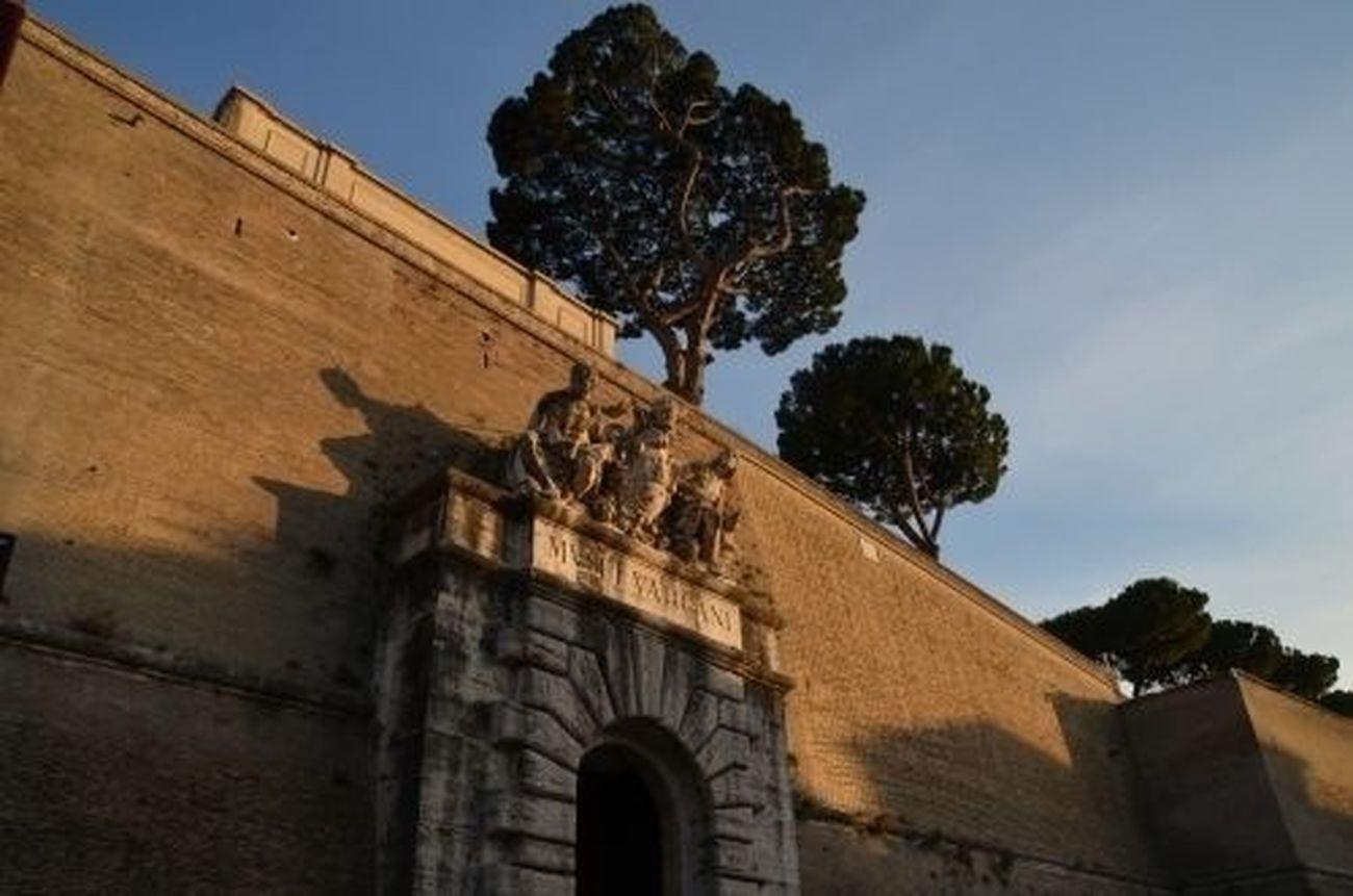 Musei Vaticani, 2013. Italy Vatican Rome Nikon