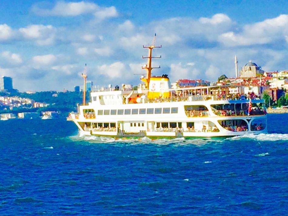 Ferry Ferryboat şehirhatlarıvapuru Vapur Sehirhatlari Sea Sea And Sky Seascape Seaview Mobile Photography Mobilephotography IPhoneography Seaofmarmara