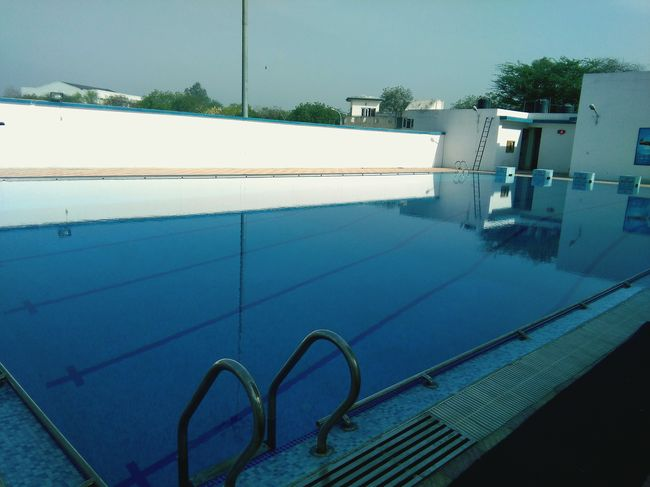 Urban Spring Fever Panasonic Eluga L4g New Delhi Mobile Photography Inspired By Art Blue Wave Afternoon Snap Poolsideview Poolside ❤ Poolside