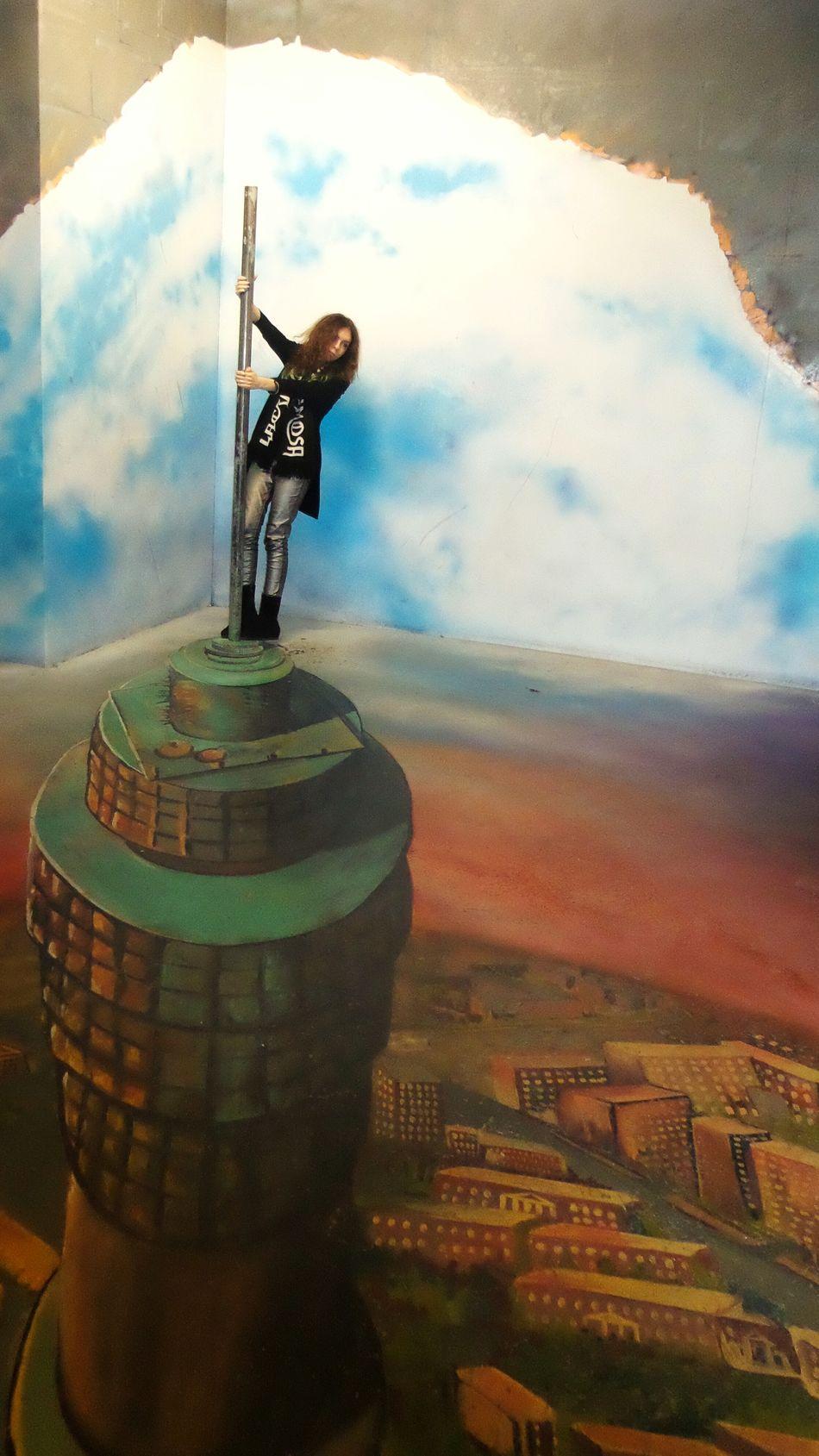 Capturing Freedom Illusion Museum Of Illusion Moscow Freedom Heaven Sky Life Enjoying Life Fall