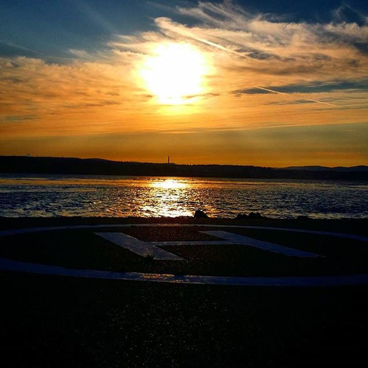 Aprilpoint Quadra Island Britishcolumbia Bcsky Islandlifestyle Vancouverisland Goodevening  Clouds Sunset Sun Pretty Beautiful Colour Color Sky Skyporn Cloudporn Nature Clouds Horizon Photooftheday Gorgeous View dusk silhouette instasky all_sunsets ahh