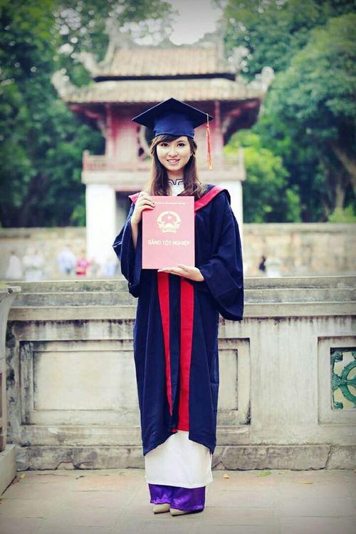 Yearbook Picture Văn Miếu Hà Nội, Việt Nam .......... ♥