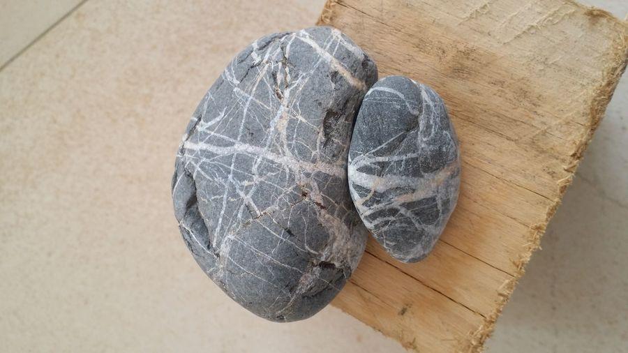 Stone wood Pebble Stack Wood Textured  Rustic Stones And Pebbles Stones And Wood Zen-like Pebblehouse Pebbles Stones Pebble Art