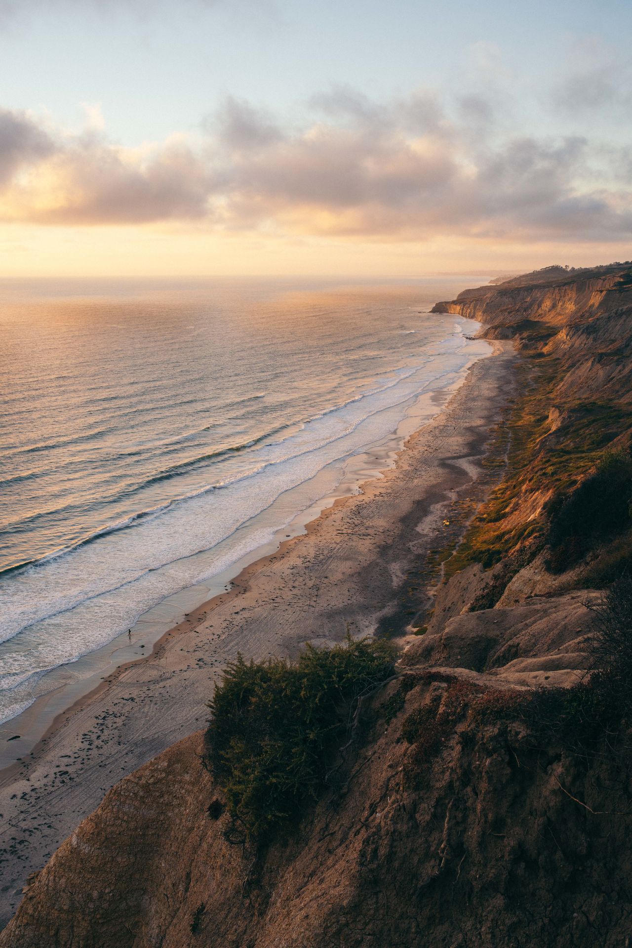 Sometimes things seem endless Sunset Sand Scenics Landscape Nature Outdoors Beauty In Nature Sky Tranquility No People Sea Beach Travel Destinations Day Arid Climate Desert Water Low Tide Ocean California Horizon Over Water San Diego Travel Gold The Great Outdoors - 2017 EyeEm Awards