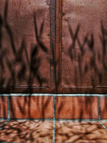 Metal Door Full Frame Pattern Backgrounds No People Textured  Day Shadow Outdoors Oxidation Metal