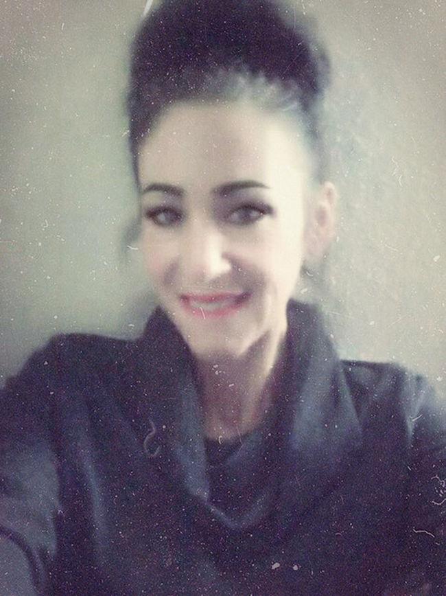 Happy Love Inlove Inlove♥ Relationship Stupidlove Lovemeforwhoiam Bestandworst Life Patience Beyourownbeautiful Womenarebeautiful Theeyeshaveit Greenhazeleyes Italiangirl