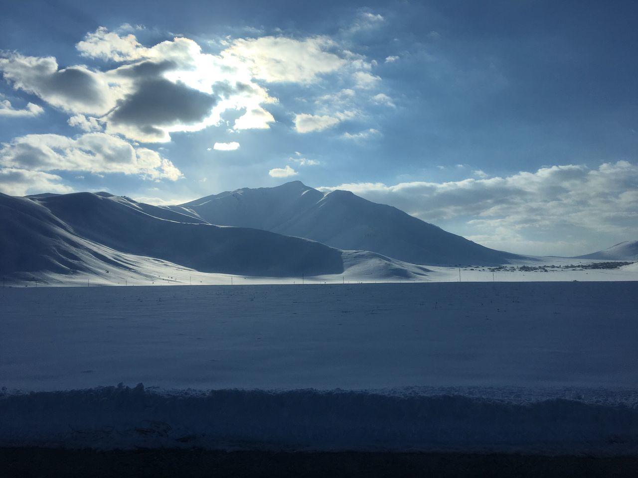 Nofilter Mountain Sky Nature No People Outdoors Winter Cold Van Gevaş Snow