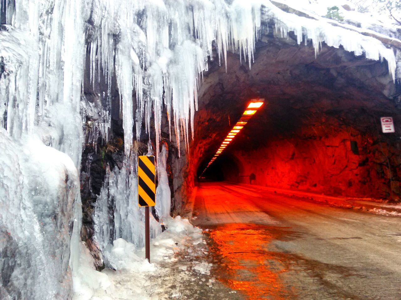 Yosemitenationalpark Snow ❄ Icicles Tunnel Day No People Outdoors Color