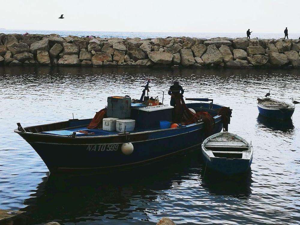 Napoli ❤ Sea Water Nautical Vessel Sea Life Naples Bay Barca Da Pesca Pescatori Fisherman Resist The Secret Spaces Lost In The Landscape