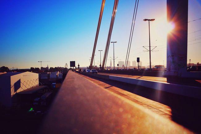 Kurt-Schuhmacher-Brücke, Ludwigshafen Ludwigshafen Rheinland-Pfalz  Mannheim Brücke Bridge Summer Sun Sunrise Sky Himmel Clear Sky Road Sunlight Sunny Germany Deutschland