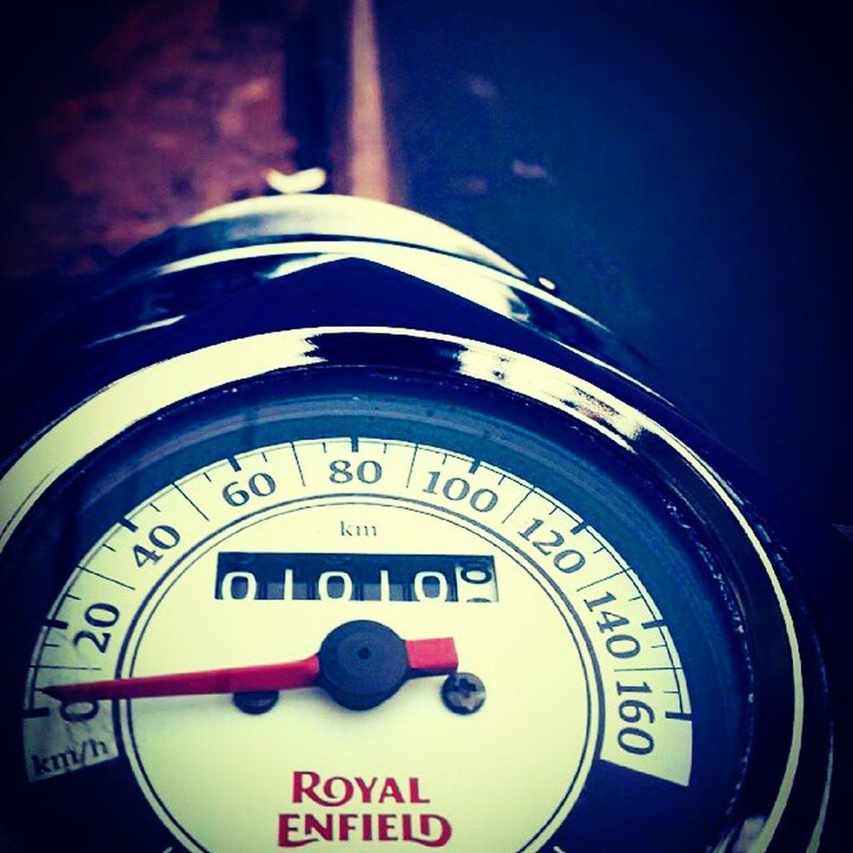 01010 Royalenfield Bullet Ironlove