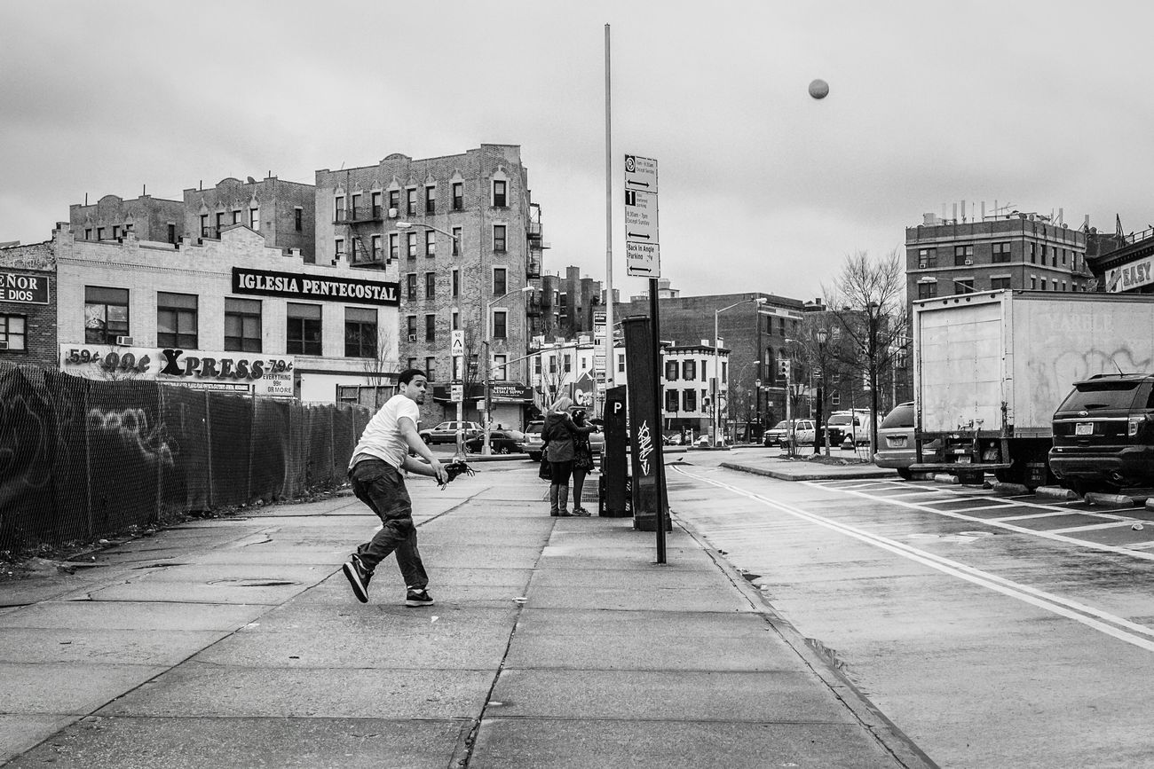 Washington Heights, NYC | 2015 Sport In The City Street Photo Street Photography Streetphoto Streetphotography_bw Streetphoto_bw Washington Heights Baseball