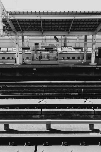 Going home..... Station OneCam EyeEm Iphone6splus Blackandwhite
