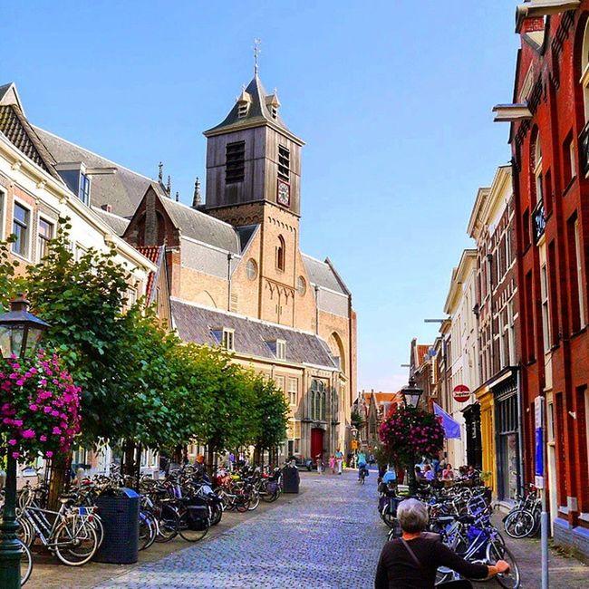De Nieuwstraat in Leiden Leiden